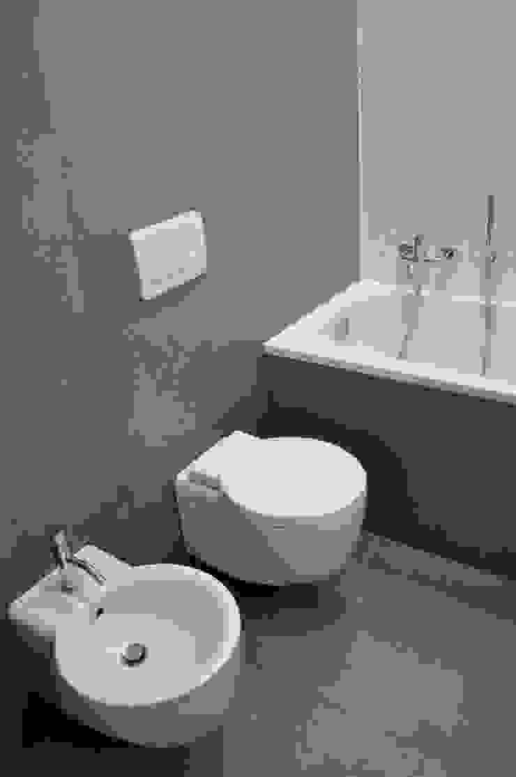 Progetto residenziale | Roma | Quartiere Trieste – 2010 Case moderne di ar architetto roma Moderno