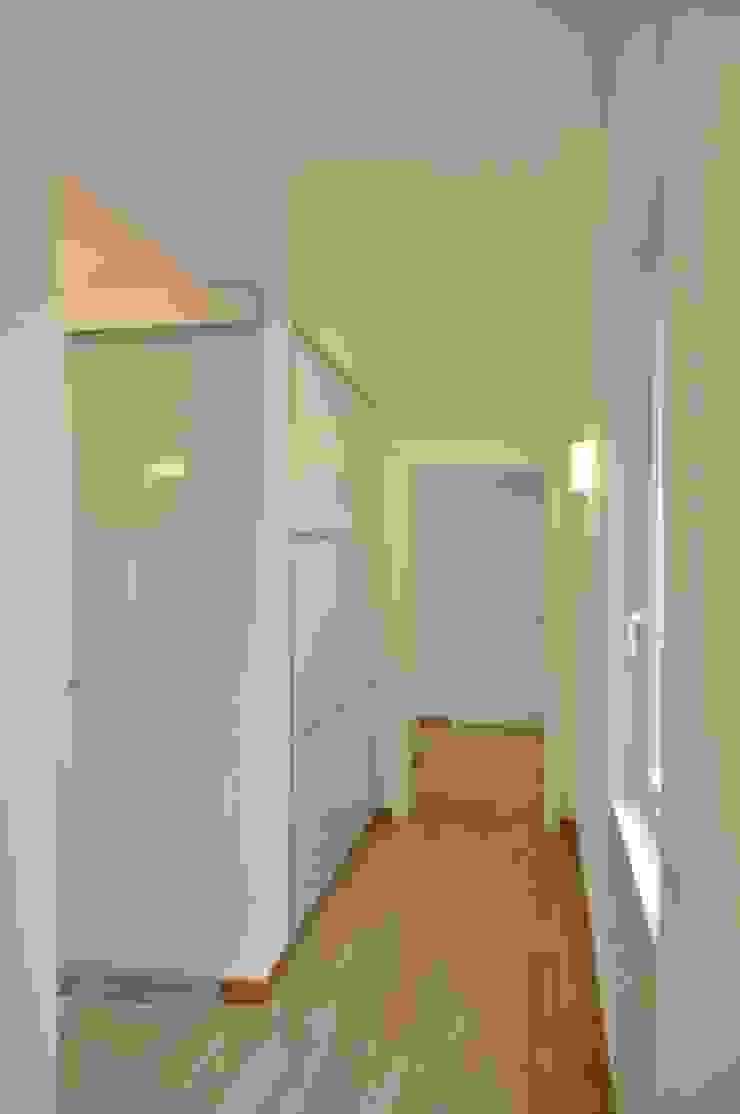 Progetto residenziale | Roma | Quartiere Trieste – 2012 Case moderne di ar architetto roma Moderno