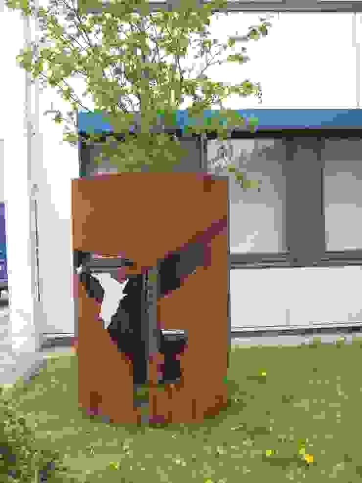 Stahlhaut von Künstlerin