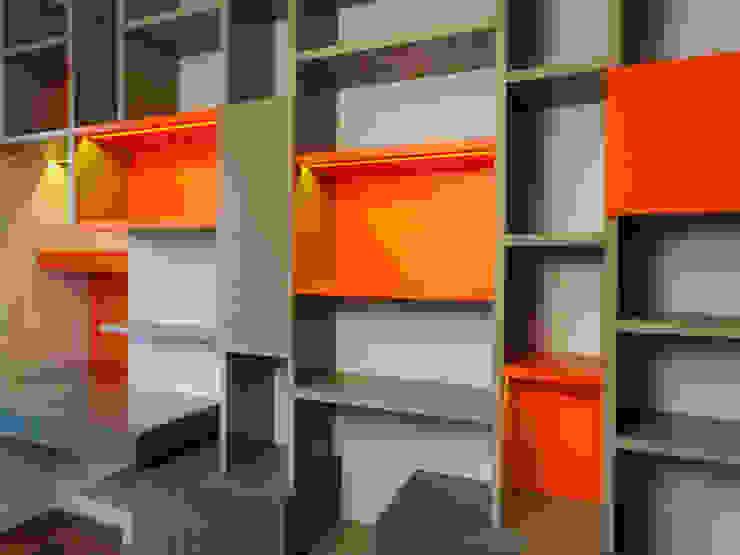 Moderne Arbeitszimmer von Le Tiroir Modern