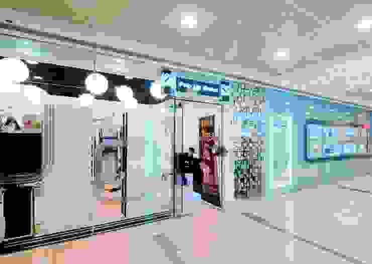 Pop Up Salon by GARY WONG Interior Design