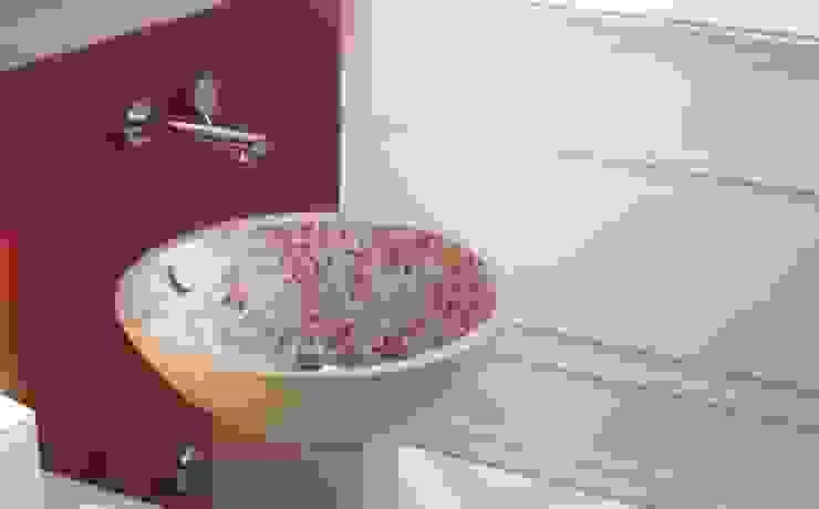 Classic style bathroom by Sánchez Plá Classic