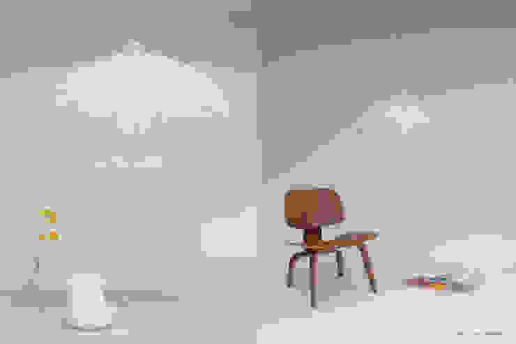 modern  by 24° Studio, Modern