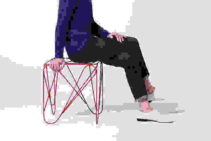 ippon stool: Shinn Asano Design Co. ltd.が手掛けたミニマリストです。,ミニマル