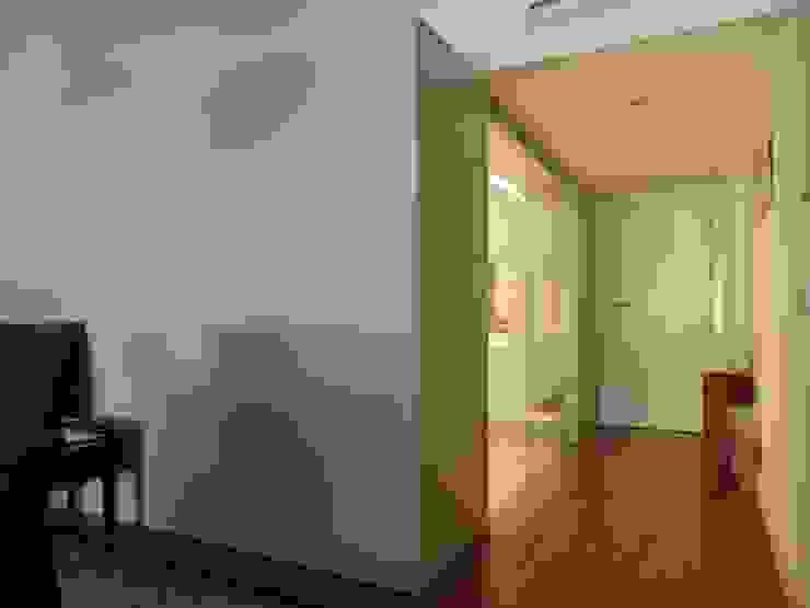 Reforma interior de vivienda Casas de estilo moderno de Rein / Martínez, ARQUITECTOS Moderno