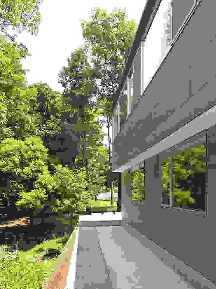 外観2 モダンな 家 の 小田宗治建築設計事務所 モダン