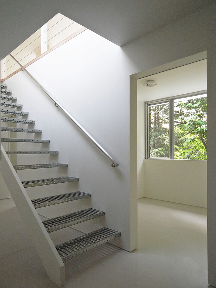 エントランス モダンスタイルの 玄関&廊下&階段 の 小田宗治建築設計事務所 モダン
