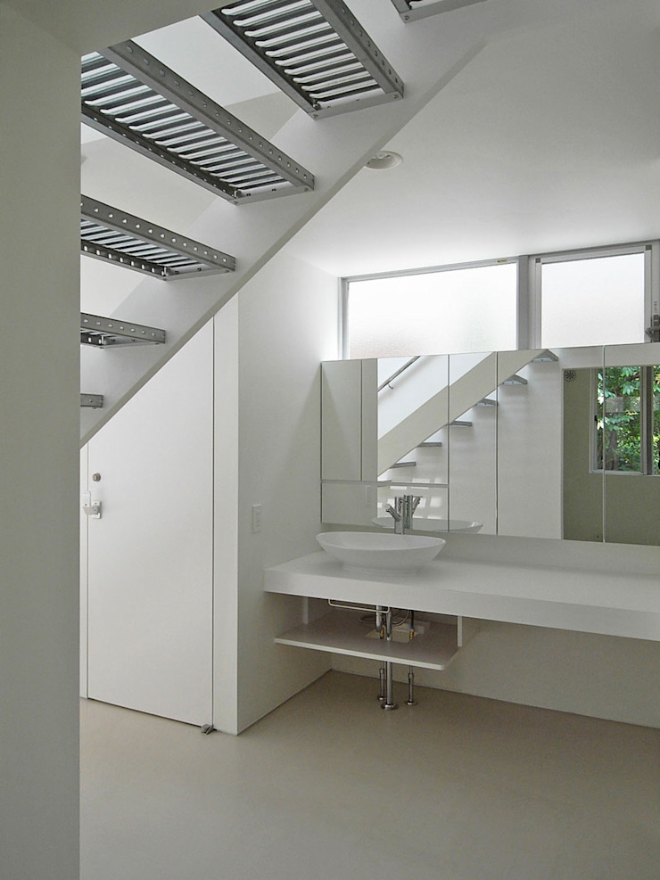 洗面台 ミニマルスタイルの お風呂・バスルーム の 小田宗治建築設計事務所 ミニマル