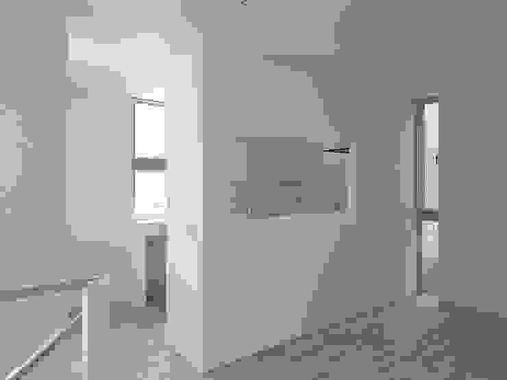 台所 ミニマルデザインの キッチン の 小田宗治建築設計事務所 ミニマル