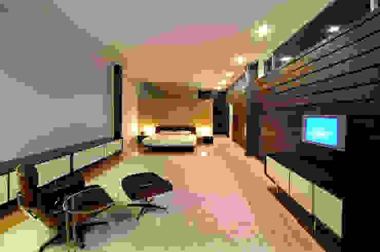 Casa Gracia Dormitorios modernos de Gracia Studio Moderno