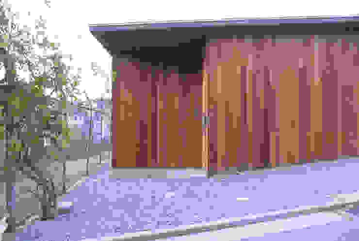 ポーチ オリジナルな 家 の 240design・西尾通哲建築研究室 オリジナル