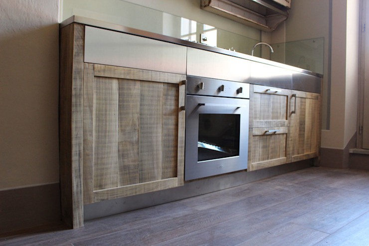 7.3 Kitchen Eclectic style kitchen by Essenza Legno Eclectic