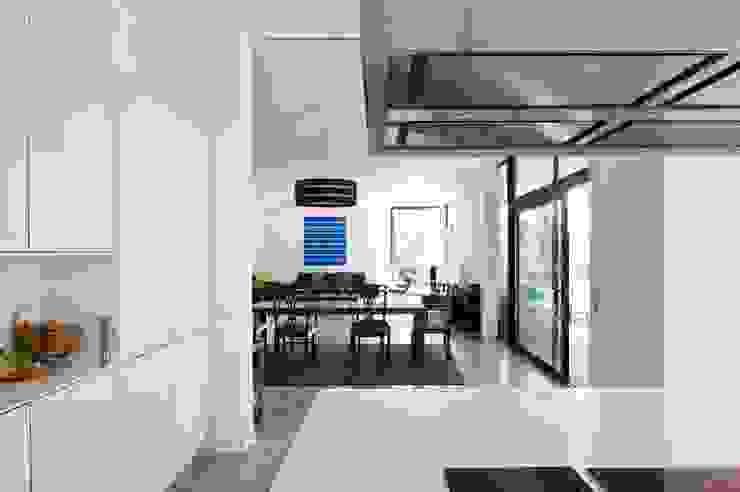 habitación con vistas Salones de estilo moderno de hollegha arquitectos Moderno