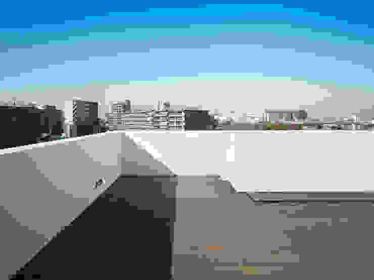 青戸の住宅 ミニマルデザインの テラス の ハイランドデザイン一級建築士事務所 ミニマル