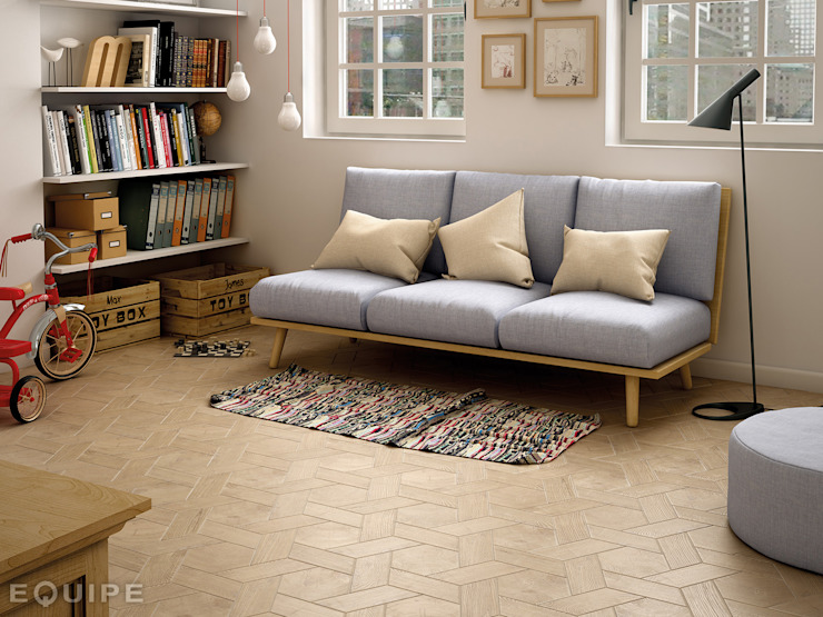 Hexawood Tan 17,5x20 / Chevron Tan Right 9x20,5. de Equipe Ceramicas Escandinavo