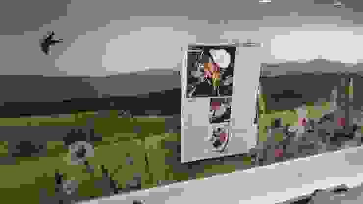Magnetic bespoke art splash back by Glartique Ltd
