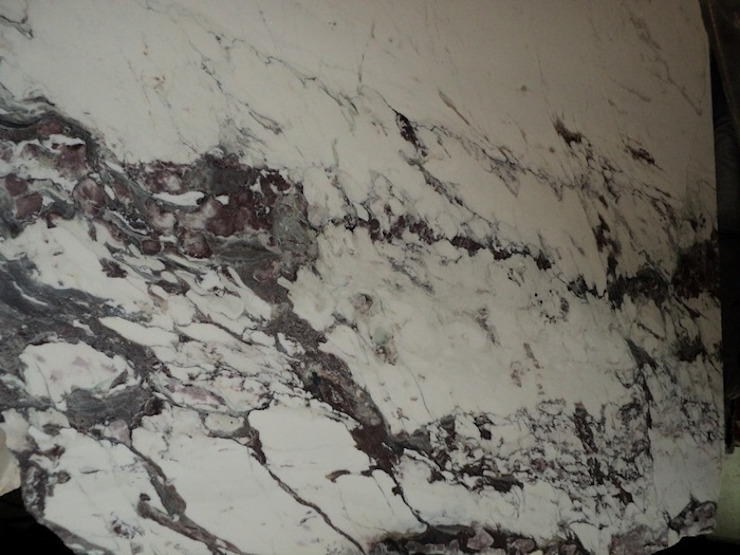 Bianco Fantastico marble MKW Surfaces CocinaEncimeras