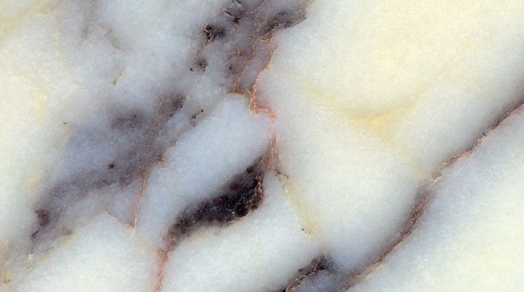 Breccia Multicolore marble MKW Surfaces CocinaEncimeras