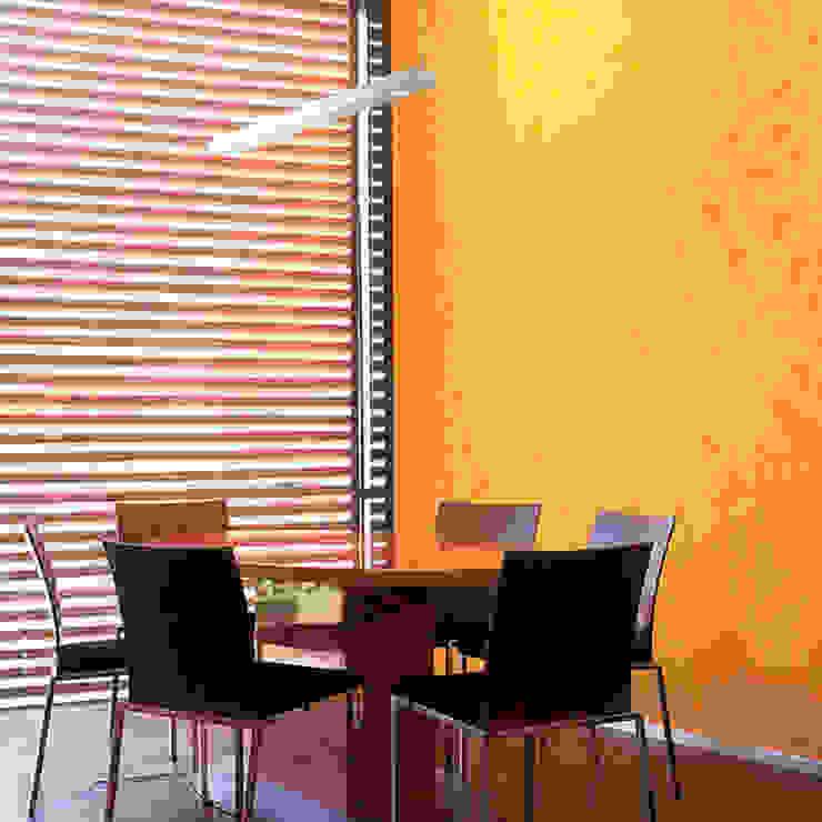 p.flat Hängeleuchte mit Spots: modern  von planlicht GmbH & Co KG,Modern