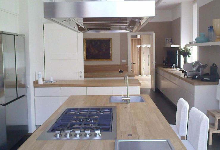 Kitchen Projects Kitchen by Welchome Interior Design London