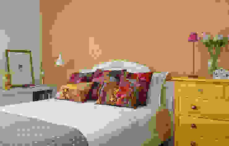 Bedroom by Lore Arquitetura,