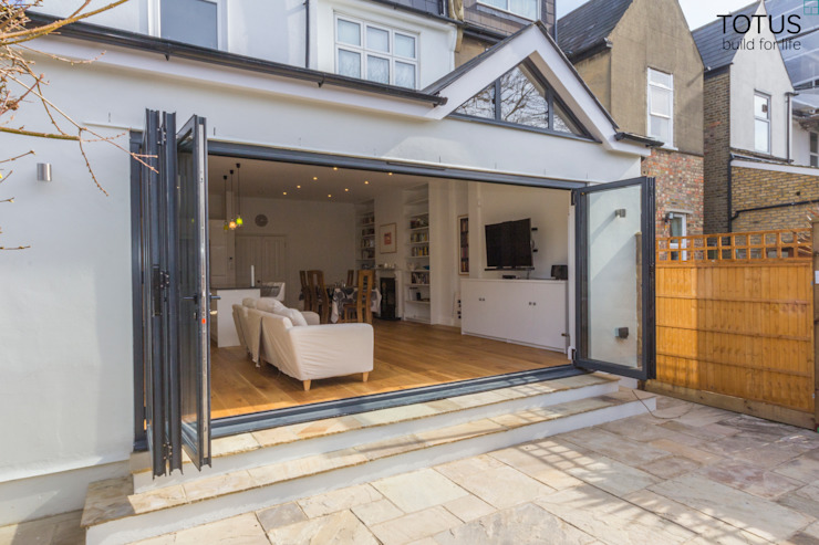 Extension in Sheen, SW14 Moderne huizen van TOTUS Modern