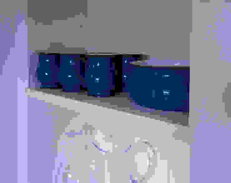Camelia Kitchen Classic style kitchen by Essenza Legno Classic