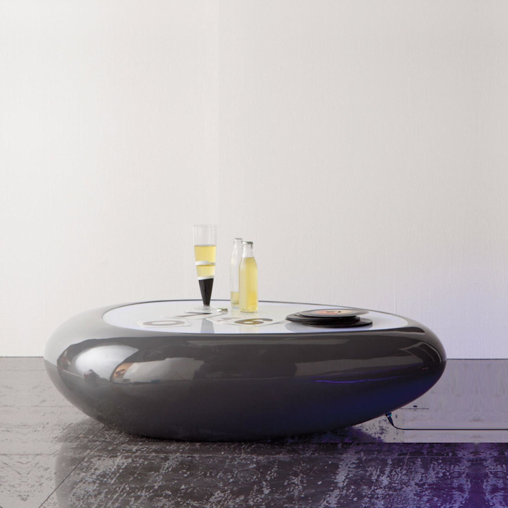 'Stone II' resin coffee/side table illuminated with LED by Stones de My Italian Living Moderno
