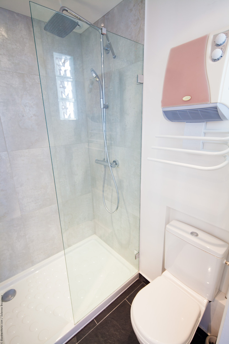 DUPLEX LUMINEUX Salle de bain moderne par Solenne Brugiroux Architecte Moderne
