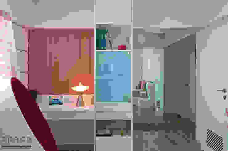 Daughters Bedroom Modern style bedroom by ZERO9 Modern