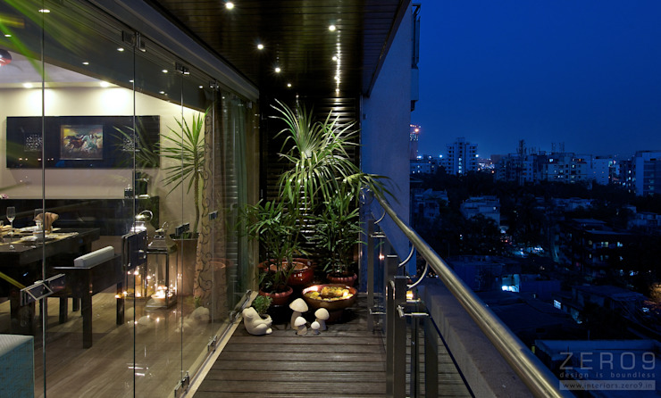 inside outside Modern style balcony, porch & terrace by ZERO9 Modern
