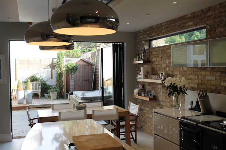 MR & MRS DELANEY'S KITCHEN Modern kitchen by Diane Berry Kitchens Modern