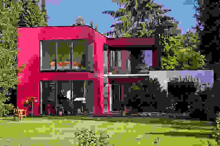 Moderne huizen van MAX-Haus GmbH Modern