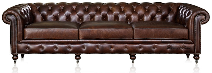 Leather Chesterfield Sofa por Locus Habitat Clássico