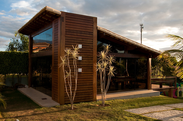Houses by NATALIE TRAMONTINI ARQUITETURA E INTERIORES