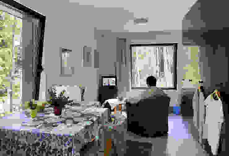 Huis aan 't Laar by 51N4E