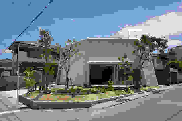 SHIRASU モダンな 家 の ARAY Architecture モダン