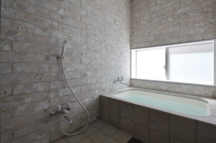 SHIRASU モダンスタイルの お風呂 の ARAY Architecture モダン