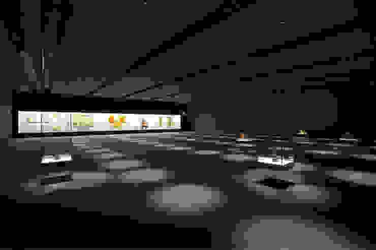 光のギャラリー の UA モダン