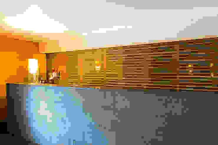 bancone bar in pietra lavica naturale di Ranieri Pietra Lavica