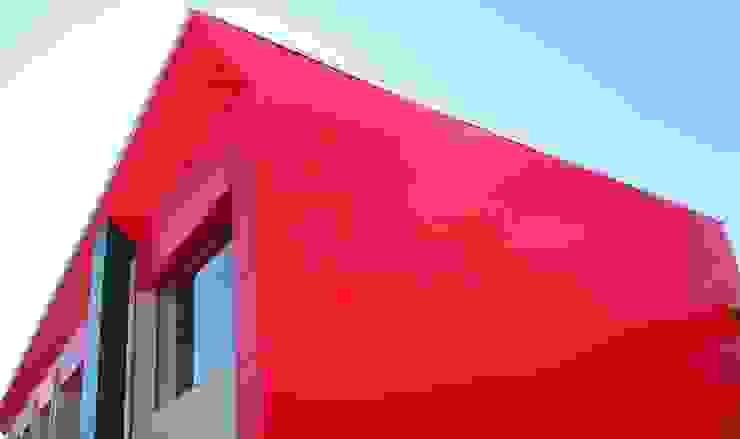 Gimnasio para colegio Gimnasios domésticos de estilo moderno de URBAQ arquitectos Moderno