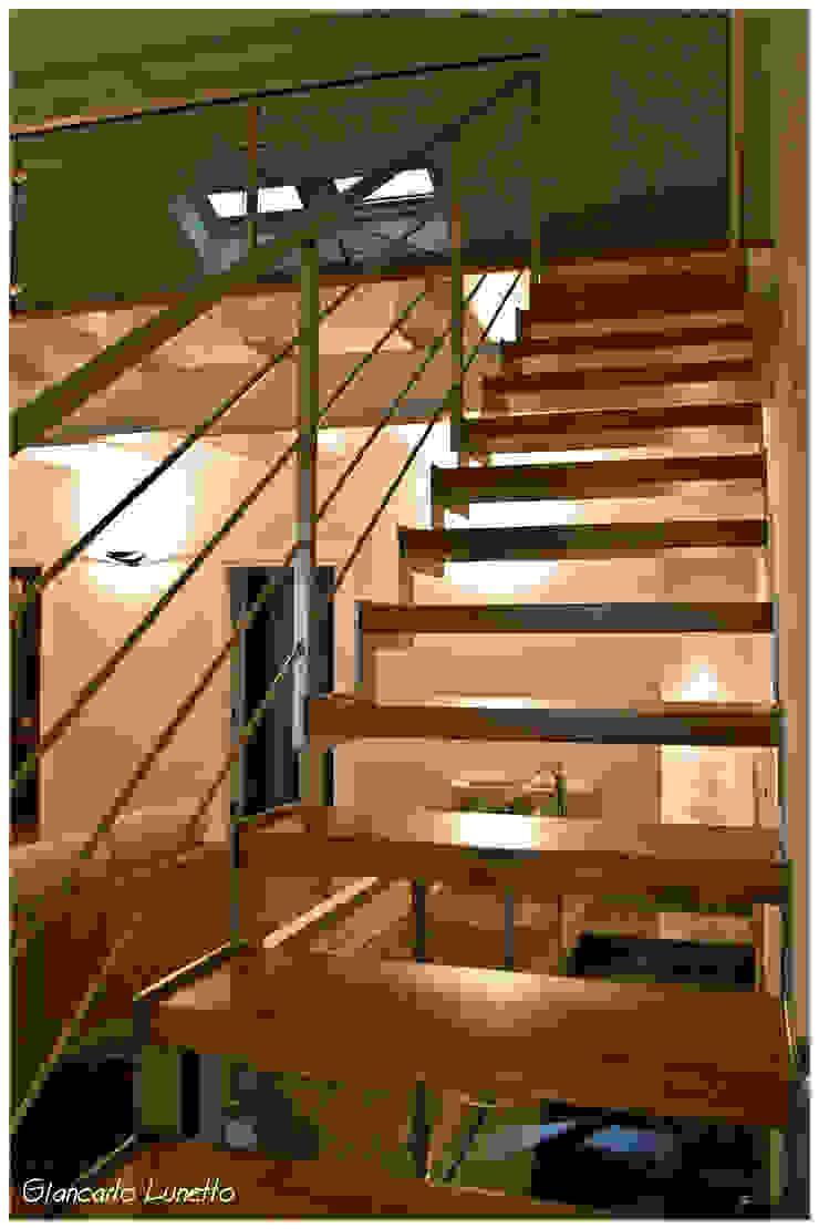 Ignazio Buscio Architetto Corridor, hallway & stairsStairs