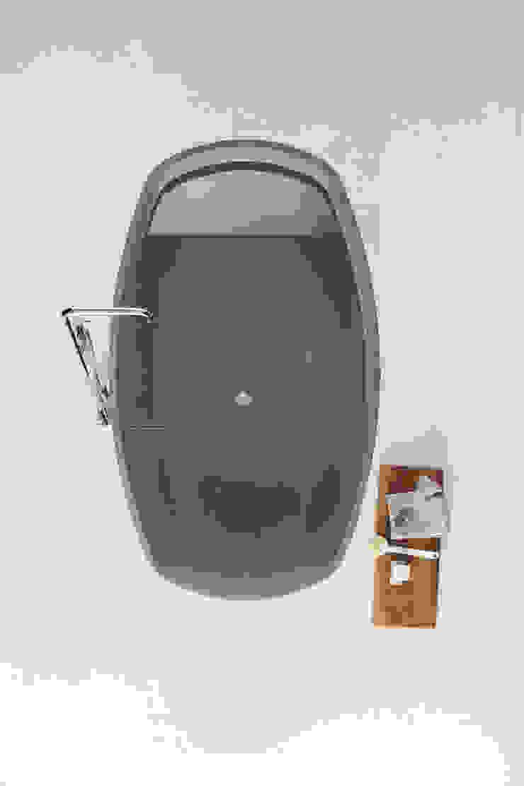 Badezimmer von NEUTRA DESIGN
