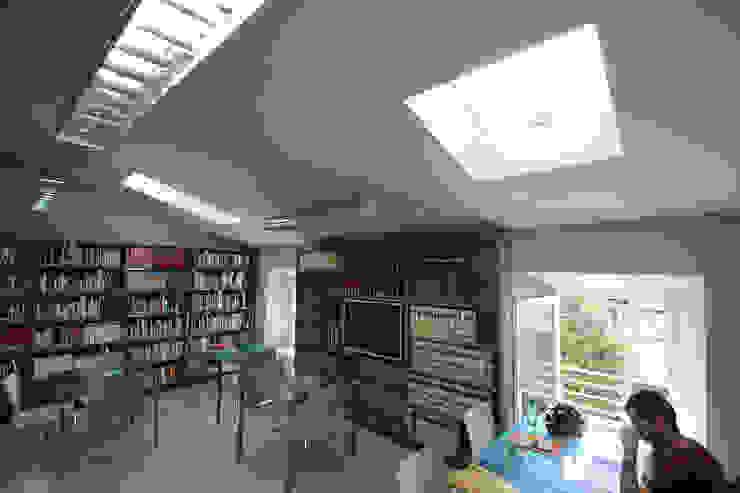 sala lettura di daniele galliani Minimalista