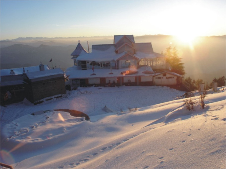 Hotel Fagu Asian style hotels by Snow King Retreat Asian