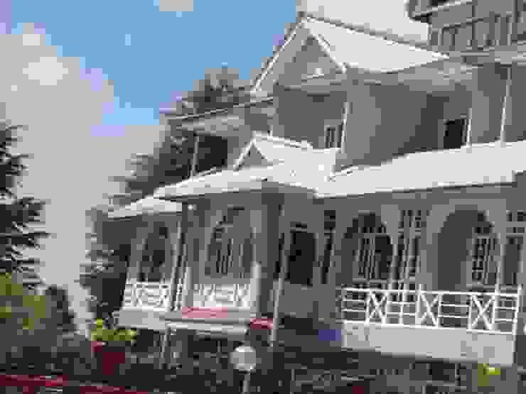 Hotel Kufri Asian style hotels by Snow King Retreat Asian
