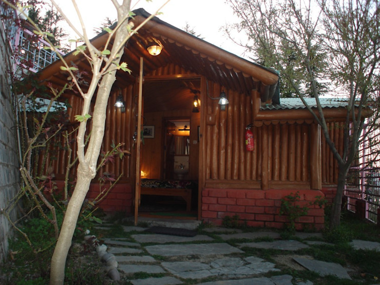 Hotel Shimla Asian style hotels by Snow King Retreat Asian