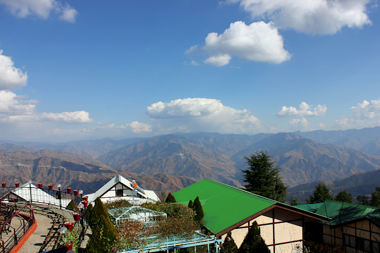 Famous Hotel In Shimla Asian style hotels by Snow King Retreat Asian