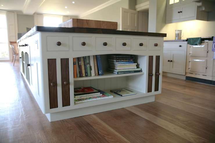 Anmer Hall Kitchen Island Country style kitchen by NAKED Kitchens Country