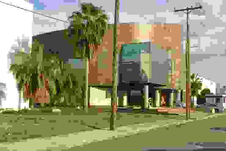 URBN Bangunan Kantor Modern